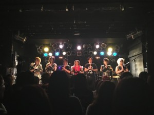 「我らNINJAMAN JAPAN!」のキメセリフも、7人で。