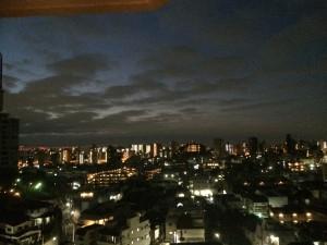 夜が明け始めた1月17日早朝。いざ出陣!