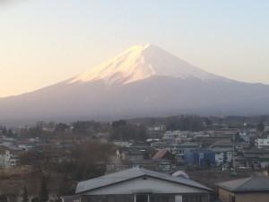どうして富士山を見ると、もれなく清々しい気持ちになるんでしょーね?