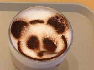 これが、上野のホラー・パンダ!