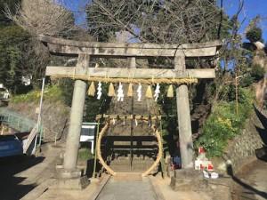 近くの神社に、初詣。