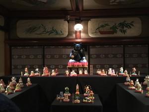 日本で初めて猫を神仏像にした猫アートの先駆者もりわじんさんの作品。