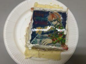 サプライズで出てきたINAちゃんのバースデーケーキ。楽屋に置いてあったのは、INAちゃんのイラスト部分。